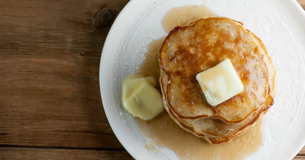 cinnamon oat pancakes
