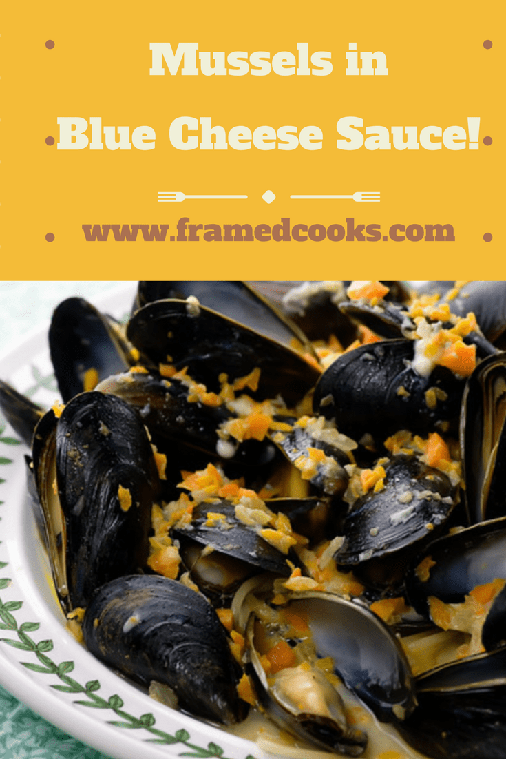 This easy recipe for mussels in blue cheese sauce is packed with all kinds of flavor, and ready in a snap!  The perfect seafood supper.