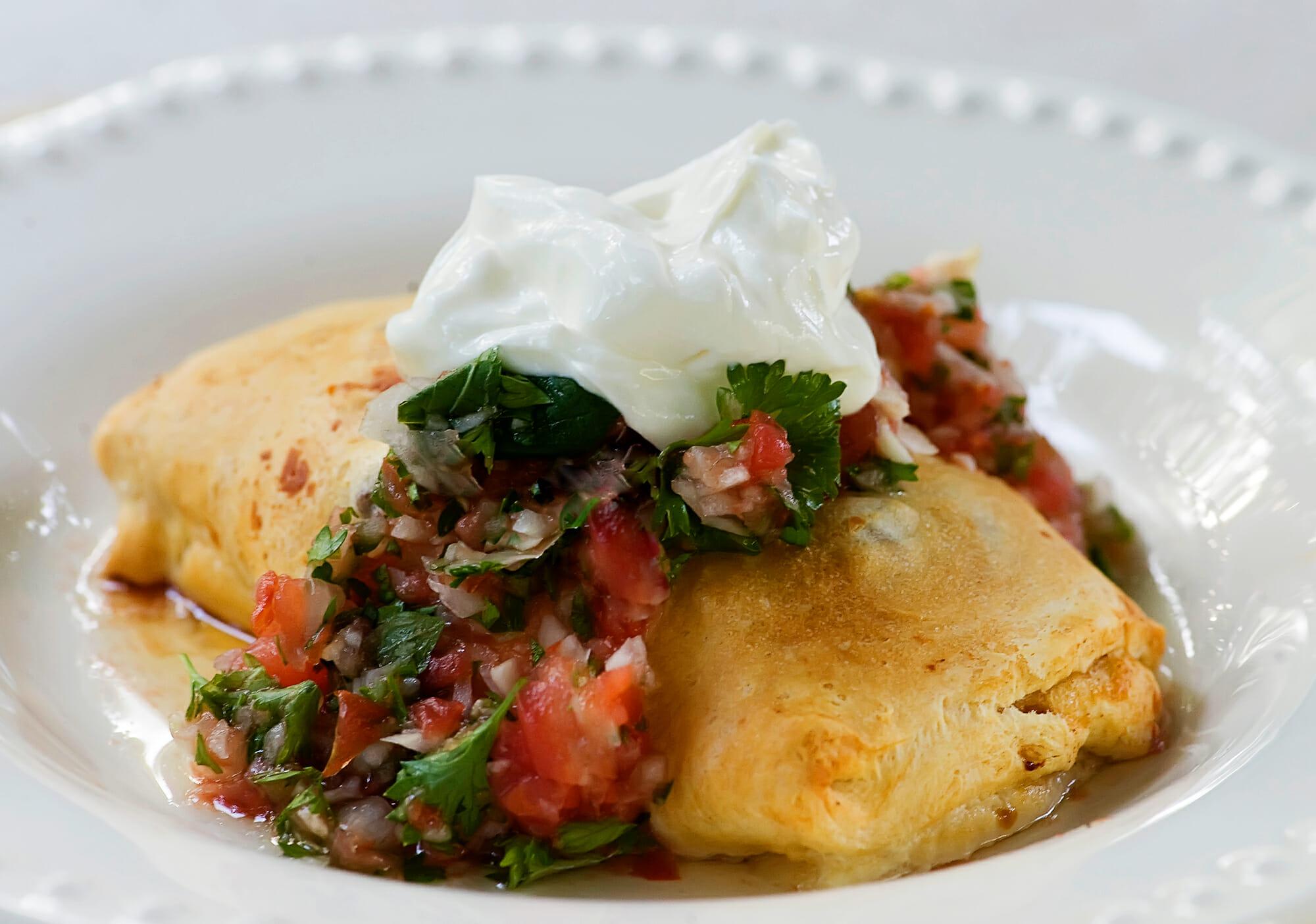 easy crescent roll burritos