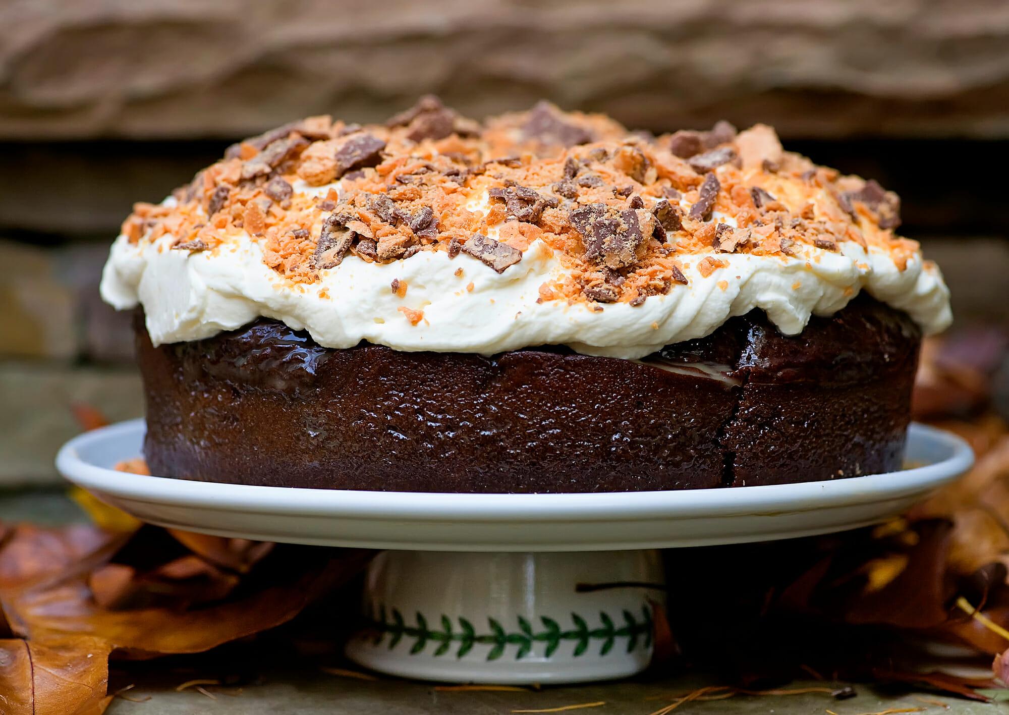devils food butterfinger cake