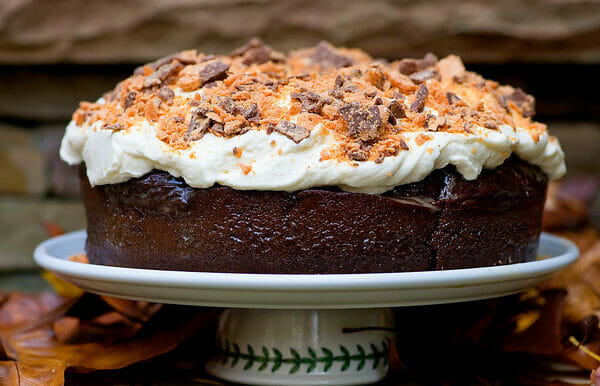 Devil's Food Butterfinger Cake
