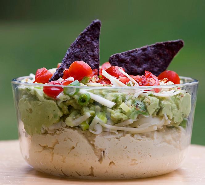 Guaca-Hummus!