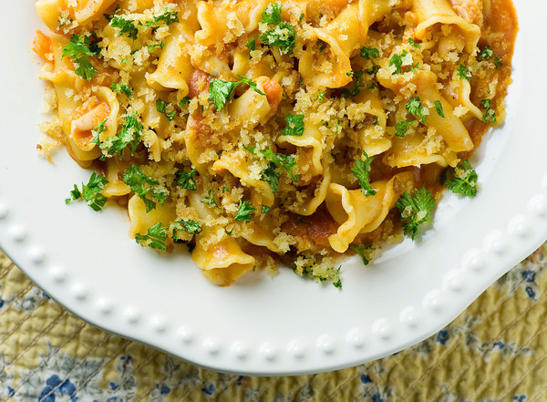 Pasta with Clams, Vodka Sauce and Crispy Breadcrumbs - Framed Cooks