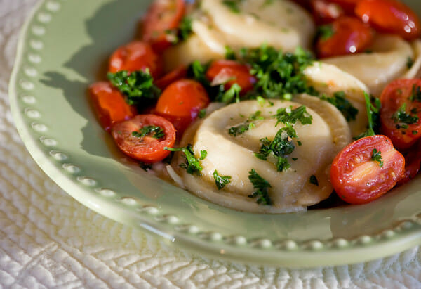 Ravioli with Tomatoes in White Wine Sauce