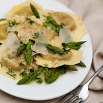Ravioli with White Wine Butter Sauce and Asparagus Tips