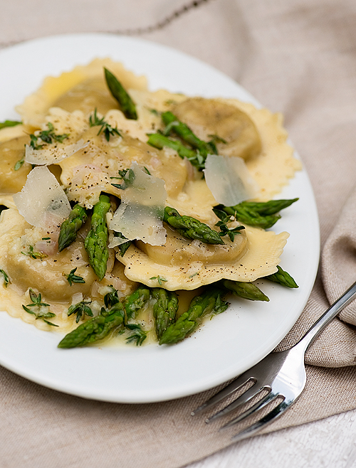 Ravioli With White Wine Butter Sauce Framed Cooks