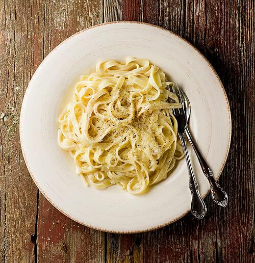 Shortcut Fettuccine Alfredo - Framed Cooks