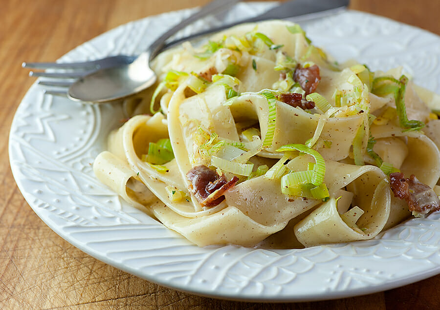 Pasta with Leeks and Bacon - Framed Cooks
