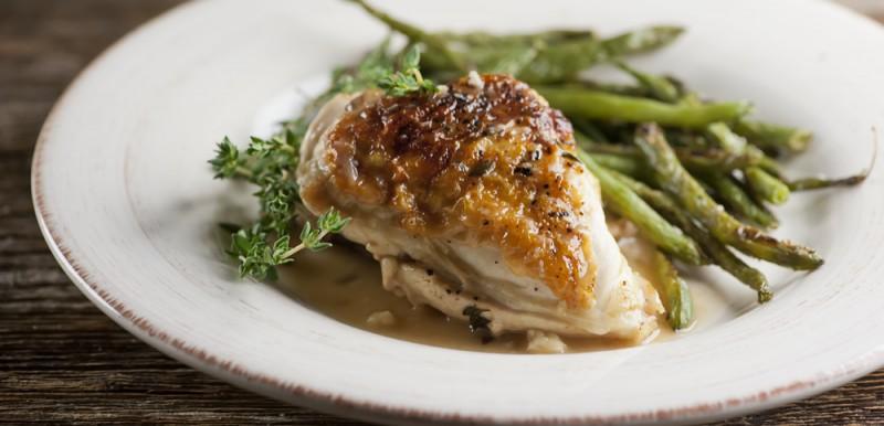 Chicken with White Wine Gravy