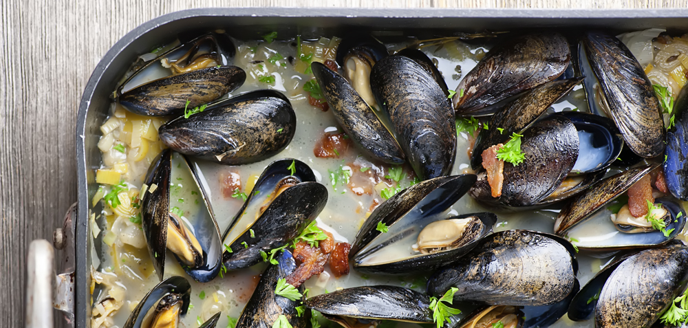 oven steamed mussels