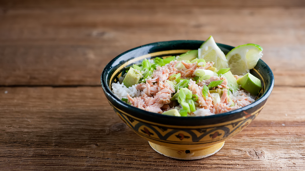 sesame salmon rice bowl