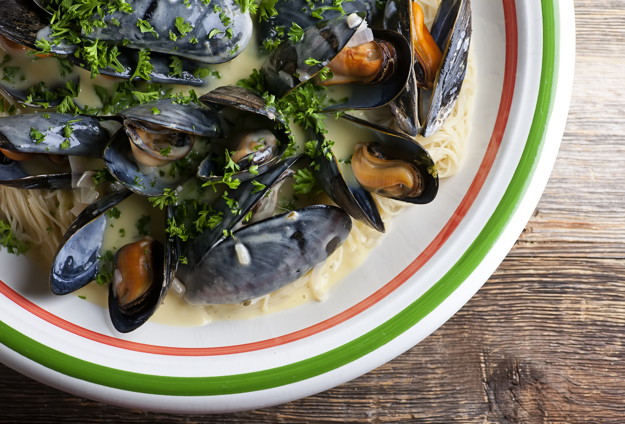 mussels in shallot cream sauce