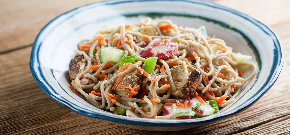 chicken soba noodle salad