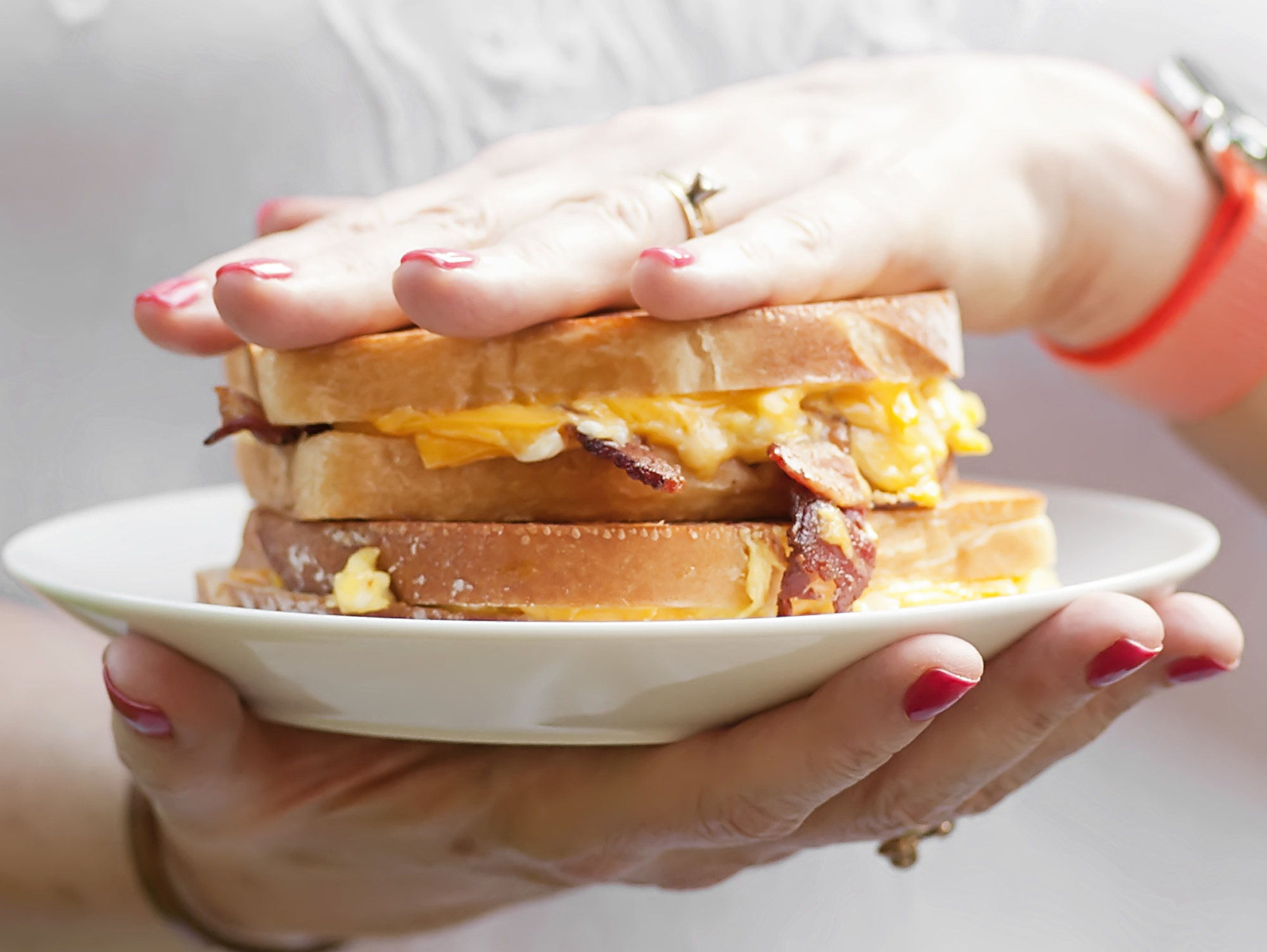 breakfast grilled cheese sandwiches