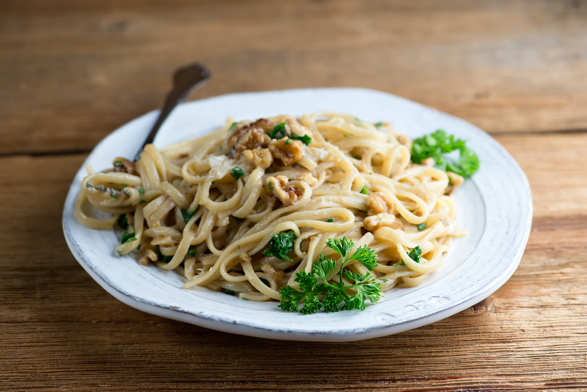 pasta with walnut anchovy sauce
