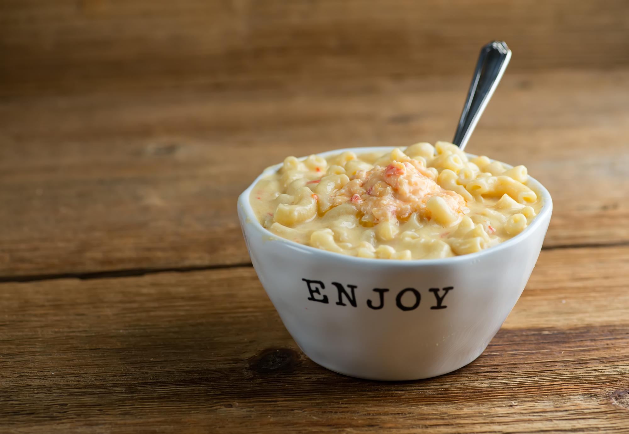 macaroni and pimento cheese