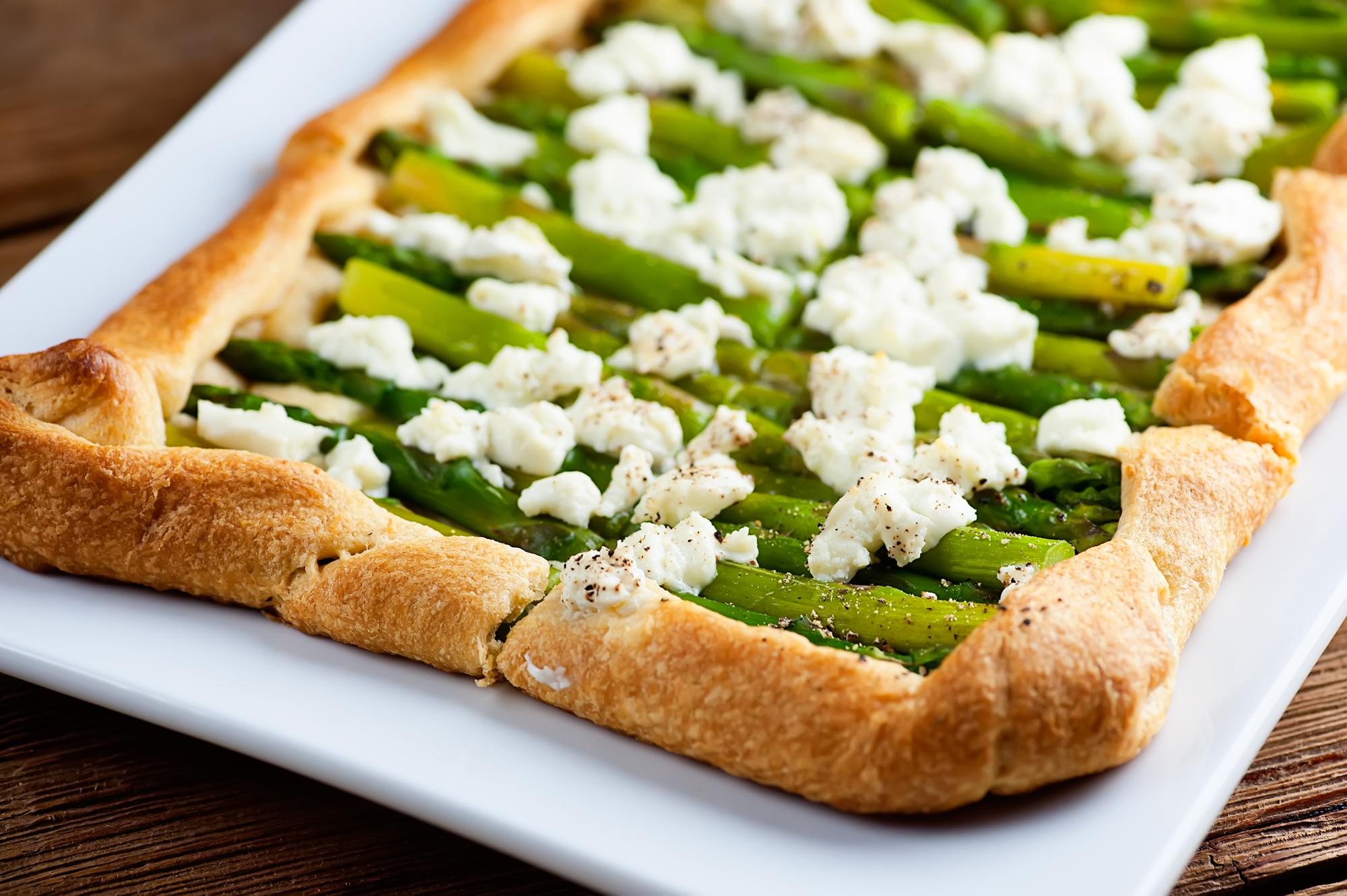 asparagus breakfast tart