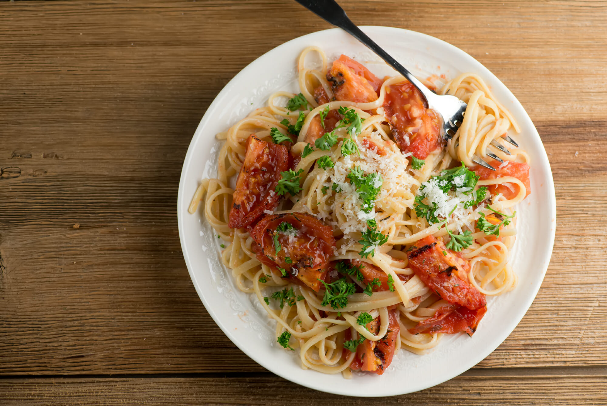 pasta with grilled tomato sauce