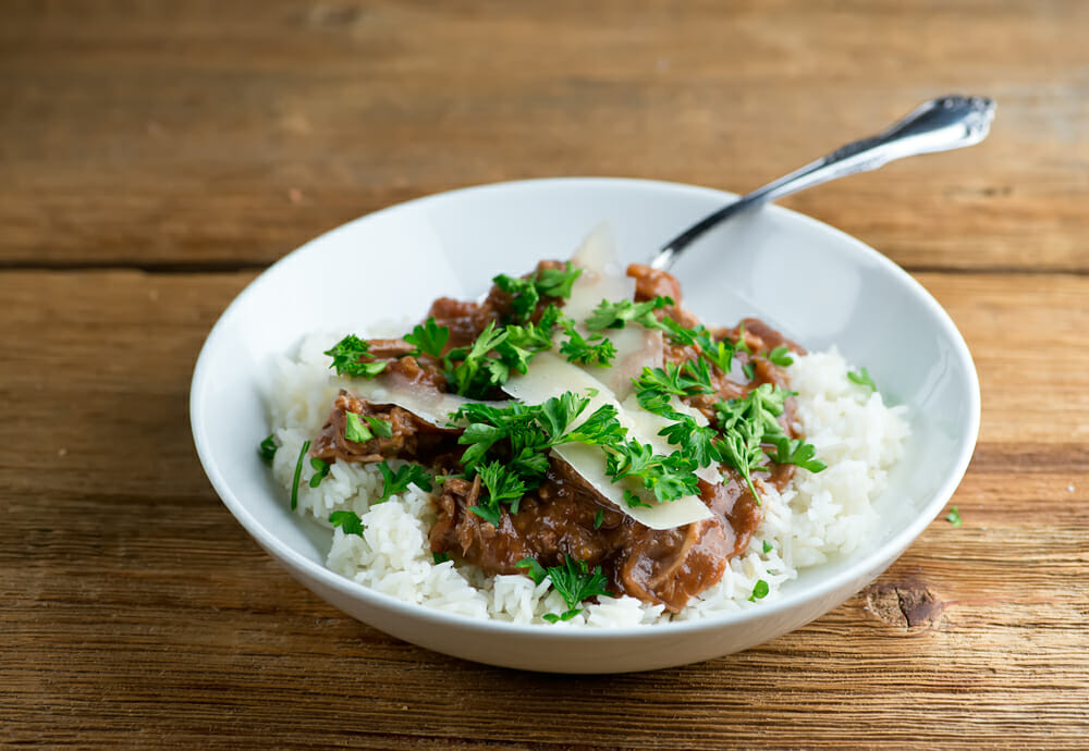 easy slow cooker red wine shredded pork