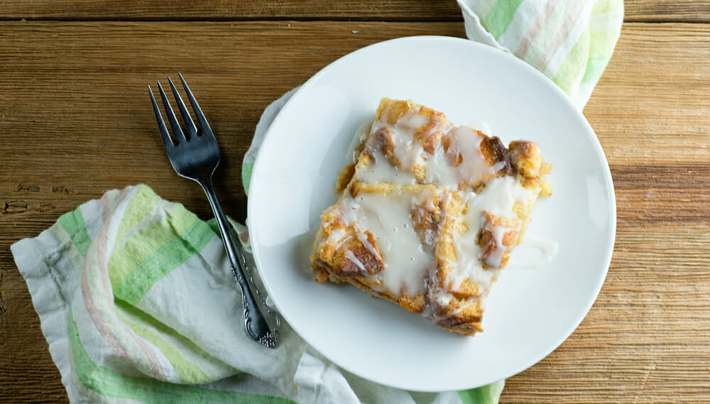 easy cinnamon roll bread pudding