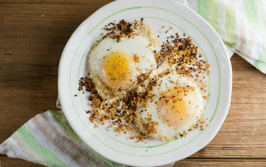 crispy breadcrumb fried eggs
