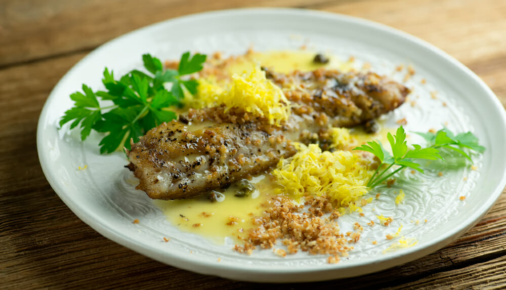 Easy Pan Seared Red Snapper with Lemon Butter Sauce