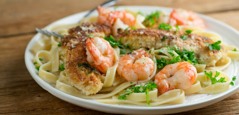 easy creamy pan-fried chicken and shrimp pasta