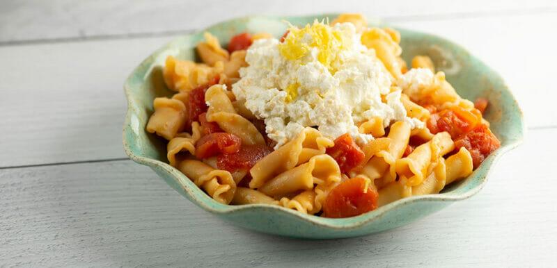easy pasta with lemon ricotta sauce