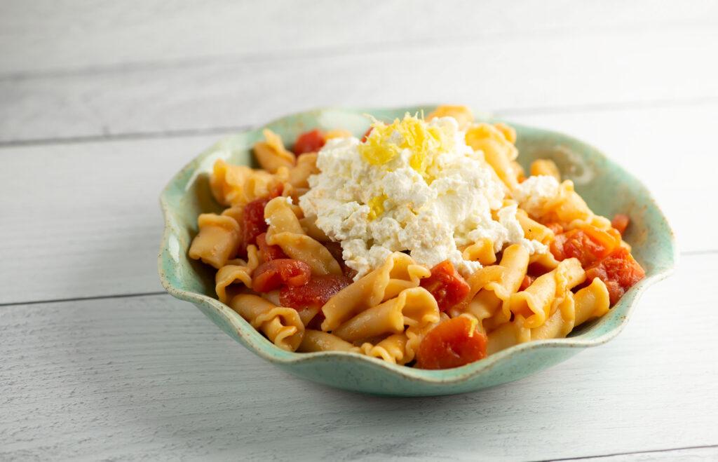 pasta with lemon ricotta sauce