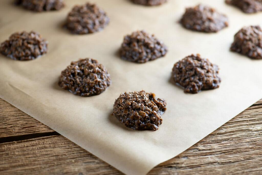 easy chocolate haystack cookies