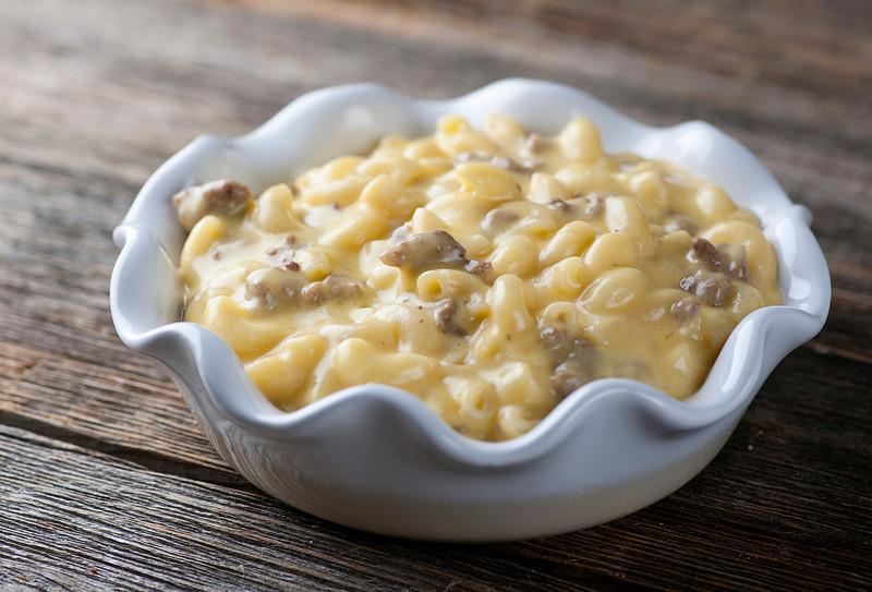 burger macaroni and cheese