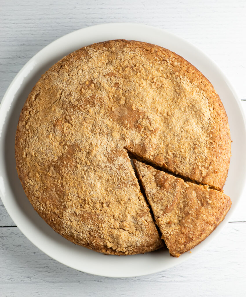 Easy Cinnamon Crumb Cake