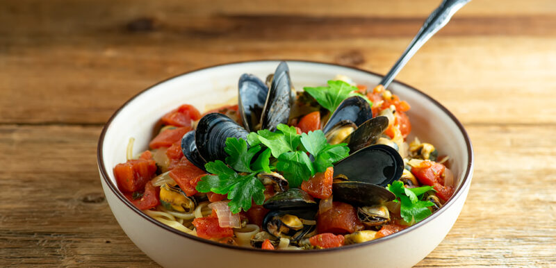 Weeknight Mussels Marinara Pasta