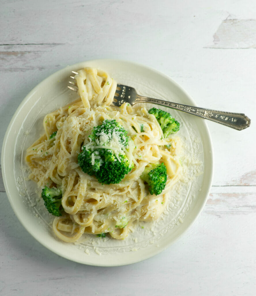 fettuccine alfredo without all the guilt