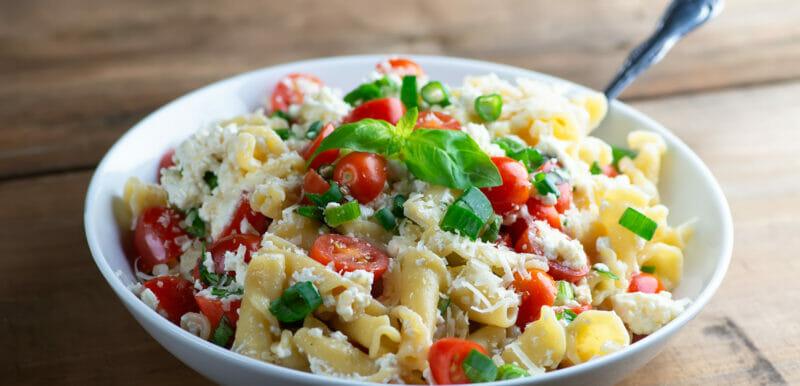 Easy Pasta with Tomato Ricotta Sauce