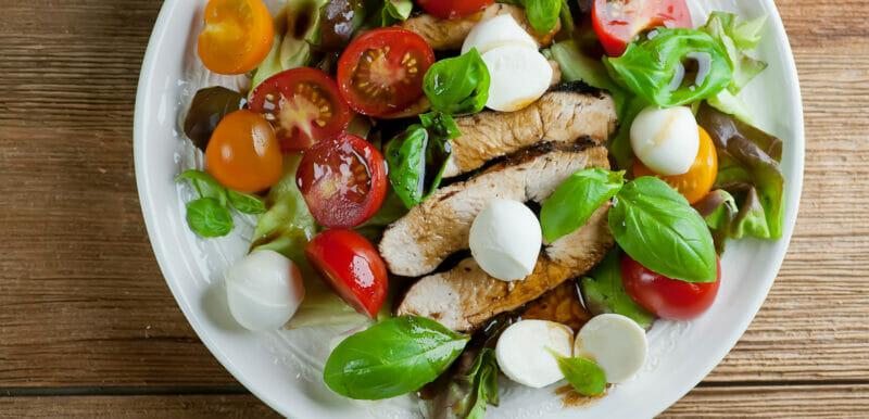 easy chicken caprese salad